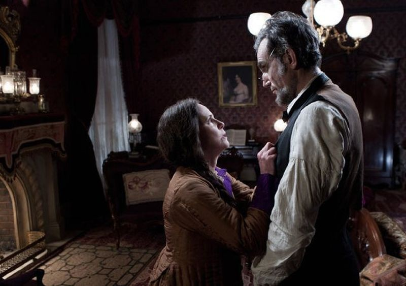 Lincoln-Review-The-Film-Pilgrim-Sally-Field-Daniel-Day-Lewis