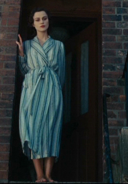 cecilias-dressing-gown2